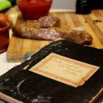 Rețete cu povești: ochi românesc cu spanac, ragu de cârnat și fasole verde tempura