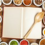 Precomandați trei cărți fundamentale ale gastronomiei românești și primiți patru!